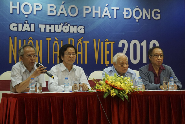 Ban tổ chức Giải thưởng Nhân tài Đất Việt