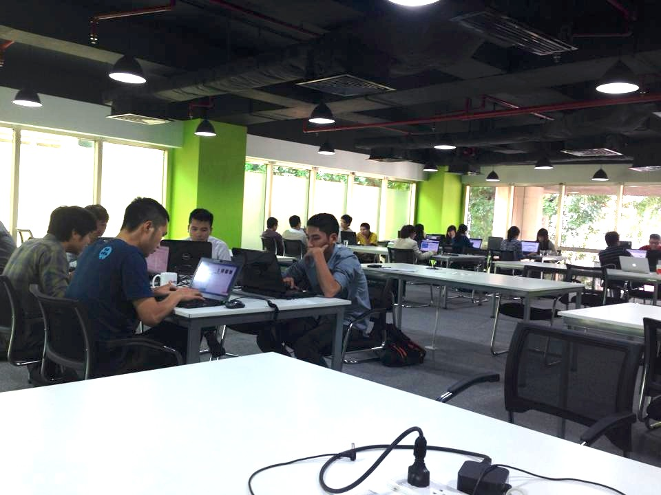 10 co-working ly tuong cho cong dong startup HN 7