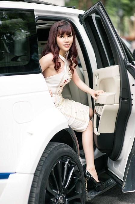 Trang vẫn từng ngày cố gắng với sự nghiệp kinh doanh của mình