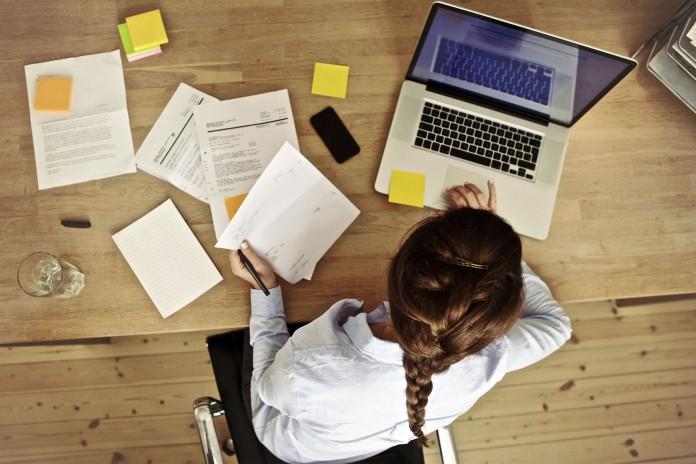 5 cách kiếm tiền online đơn giản ai cũng làm được