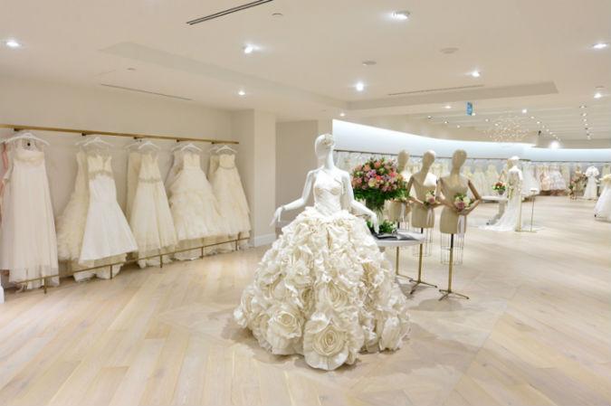 Không gian cửa hàng áo cưới mang nét đặc trưng riêng