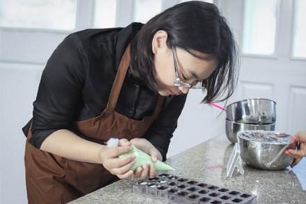 Chị Hạnh say mê với giấc mơ chocolate Việt
