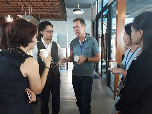 Các chuyên gia chia sẻ về những tiềm năng của công nghệ Blockchain tại thị trường Việt Nam. Ảnh: Khampha.vn