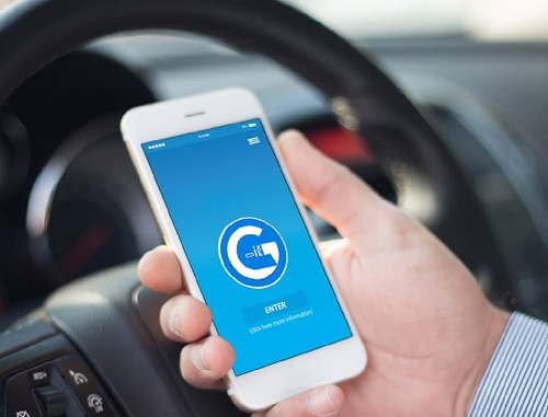 startup-viet-phat-trien-ung-dung-goi-xe-canh-tranh-voi-uber-grab