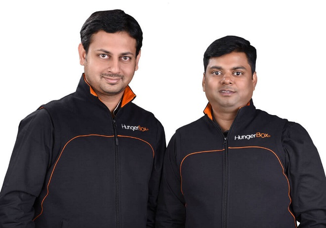 CEO Sandipan Mitra (trái) của HungerBox cho biết startup này ứng dụng nhiều công nghệ tiên tiến nhất hiện nay như IoT và Trí tuệ nhân tạo để trienr khai giải pháp quản lý số cho lĩnh vực kinh doanh ẩm thực. Ảnh: HungerBox