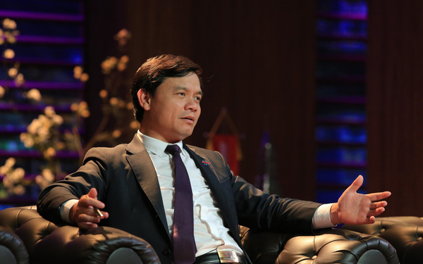 """Kỹ sư xây dựng bỏ lương nghìn USD về bán mắm, Shark Phú nhắn nhủ: """"Thế giới nhiều người bỏ việc khởi nghiệp, nhưng tỷ lệ thành công rất thấp"""""""