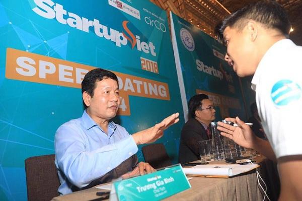 Chủ tịch FPT nhấn mạnh làm startup phải nhìn thấy những điều người khác không nhìn thấy.