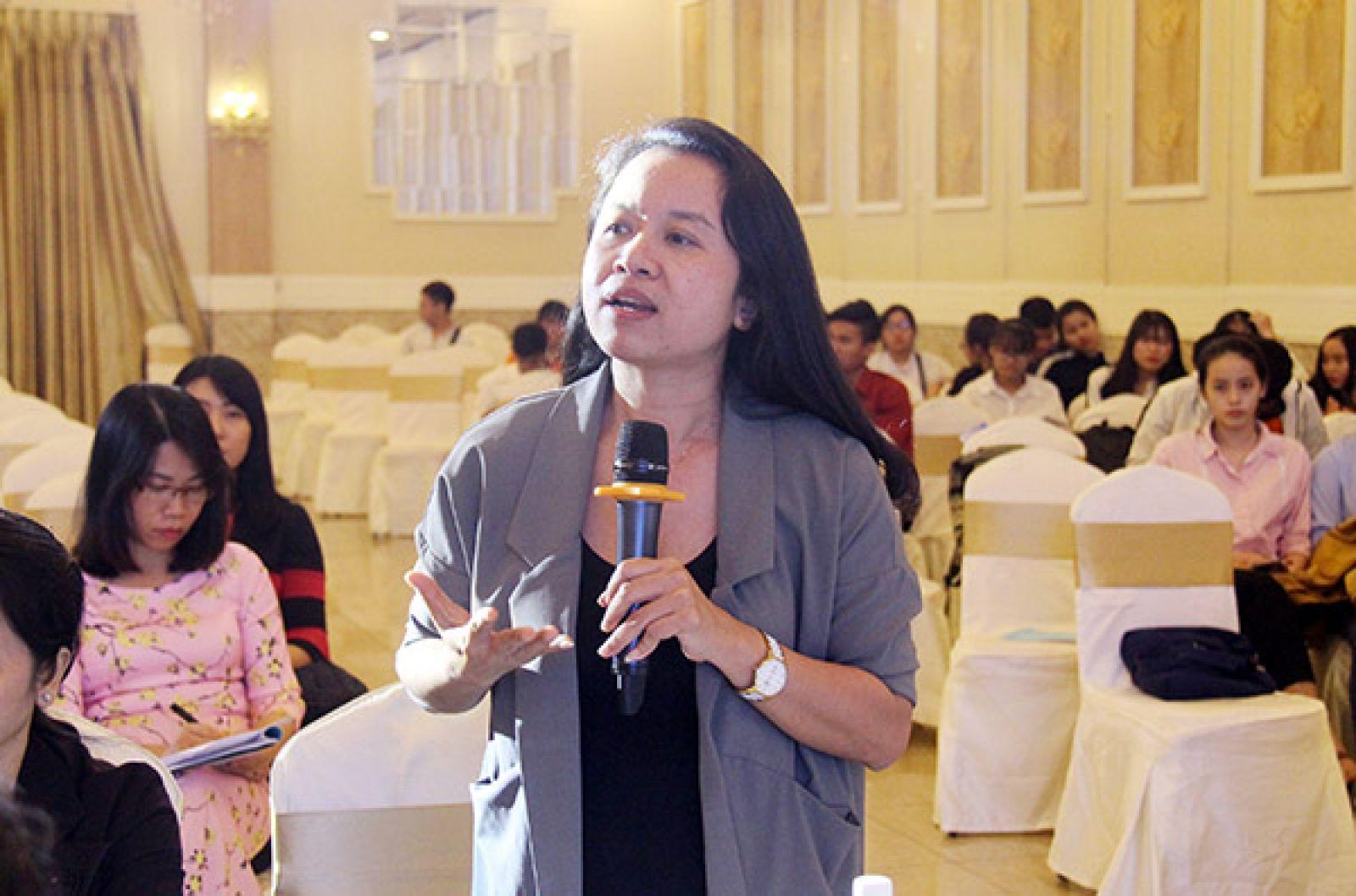 Đại diện doanh nghiệp phát biểu ý kiến thảo luận tại hội nghị.