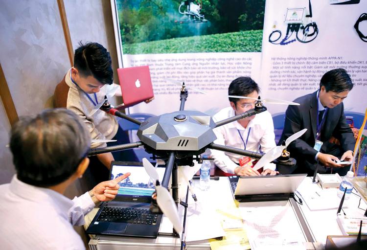 Những nguời trẻ Việt bền bỉ với khởi nghiệp số