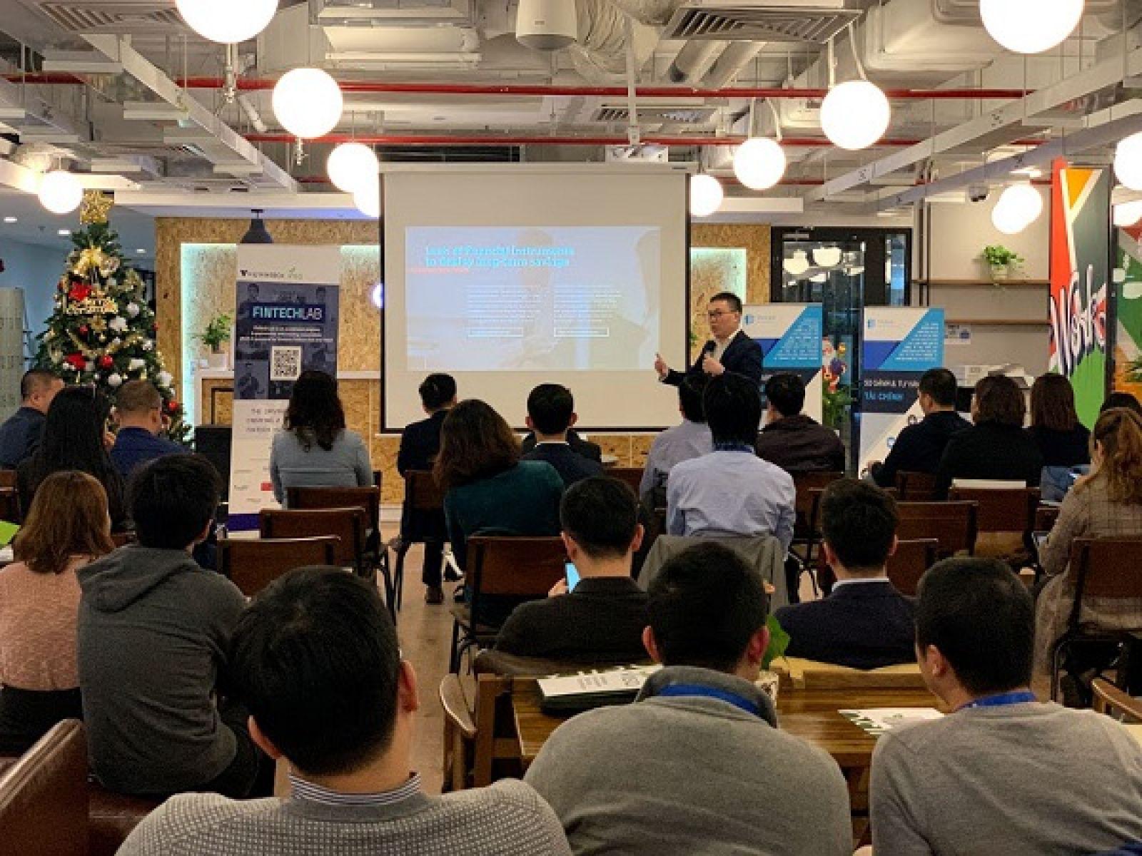 Các start-up thuyết trình trong chương trình Fin Tech Lab