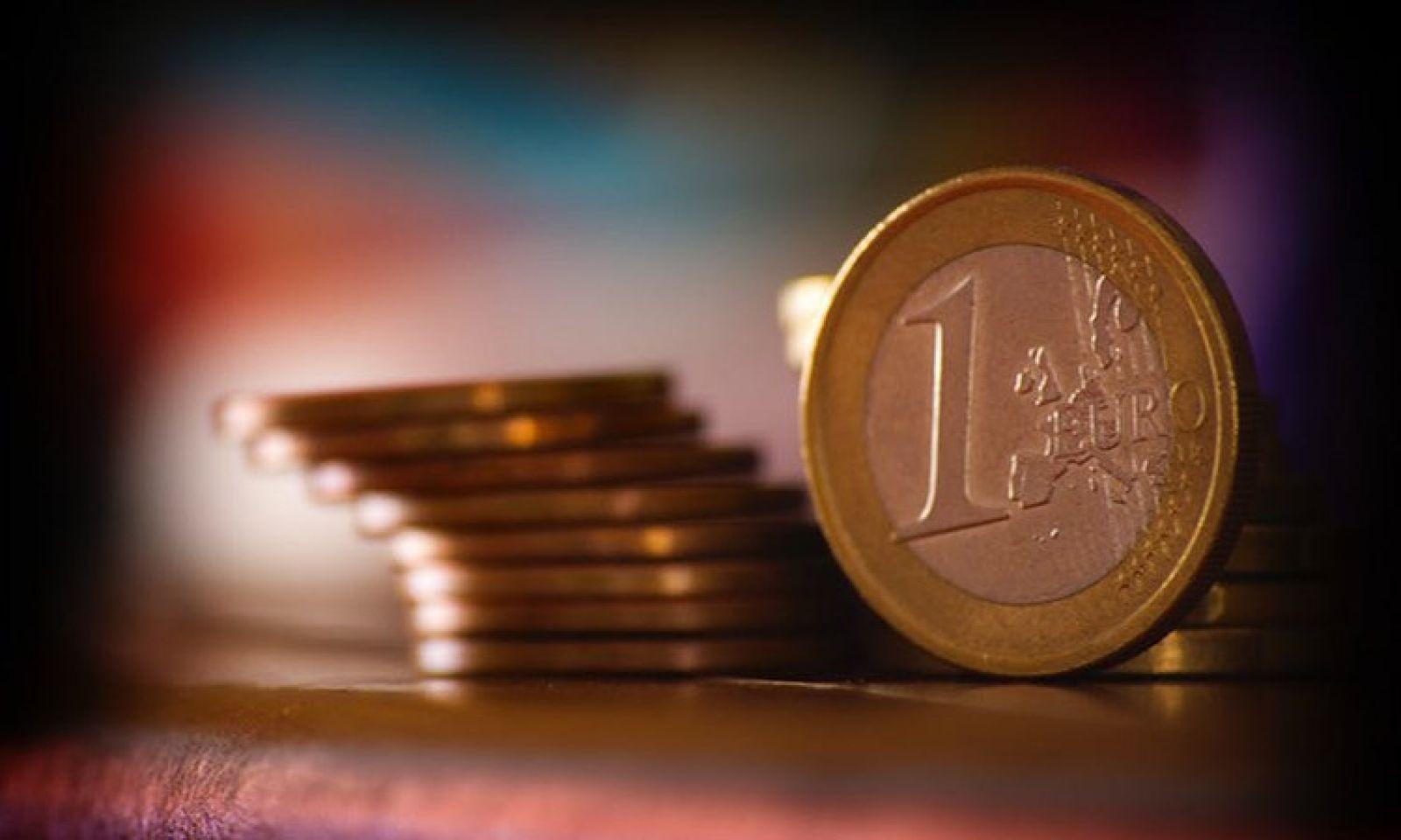 Quá trình tích cóp từng đồng tiền lẻ thành số tiền lớn cũng là quá trình tích lũy kinh nghiệm làm việc từ đơn giản đến phức tạp. Nguồn: internet
