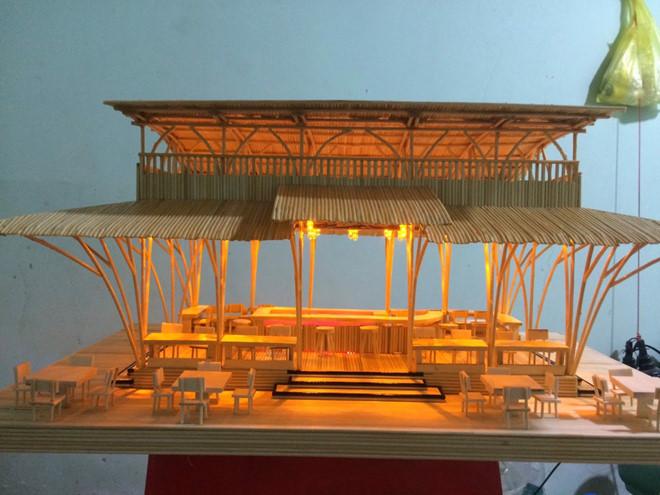 Mô hình khách sạn làm từ tăm tre; Anh Duy Tân