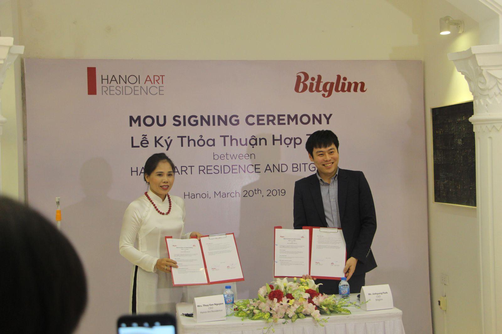 Ký kết hợp tác giữ đại diện Hanoi Art Residencep/và đại diện Bitglim