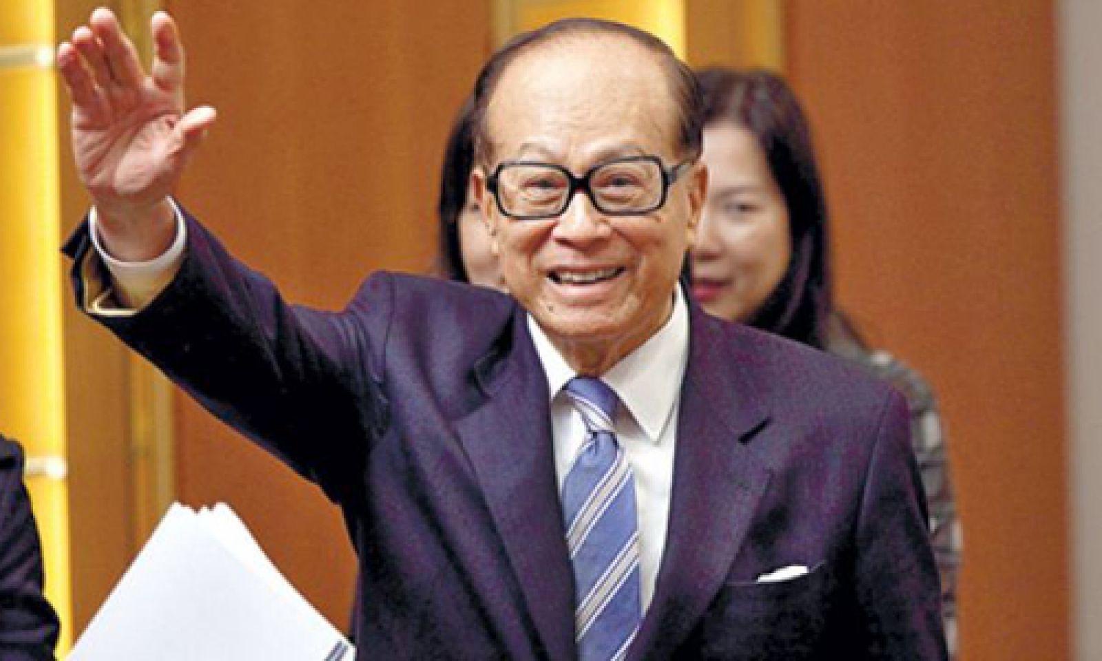 Ông Lý Gia Thành hiện có tổng tài sản 28,8 tỷ USD. Ảnh: Nextshark