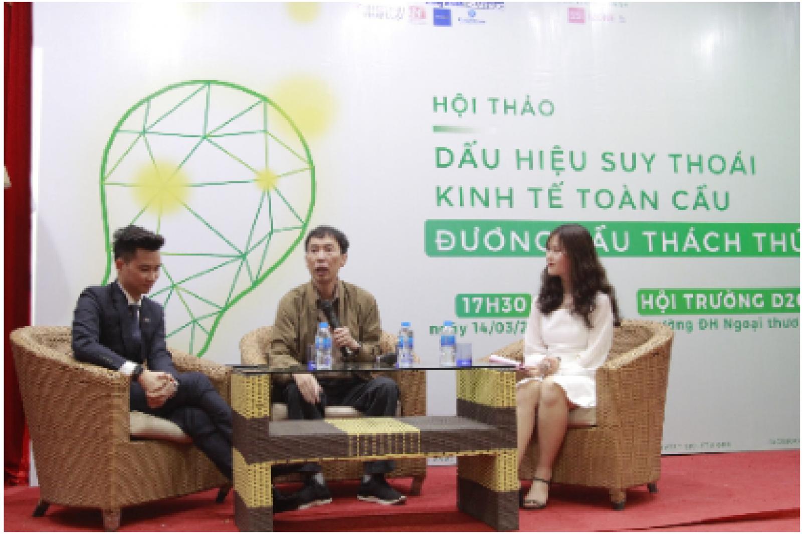 Từ trái sang: Biên tập viên Đỗ Huy Hoàng, TS. Võ Trí Thànhp/và MC của chương trình