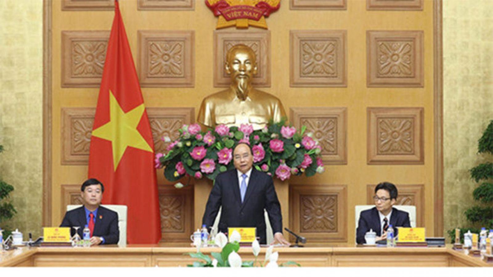 Thủ tướng Nguyễn Xuân Phúc đánh giá trong năm qua, T.Ư Đoàn làm rất nhiều việc nổi trội; Ảnh Ngọc Thắng