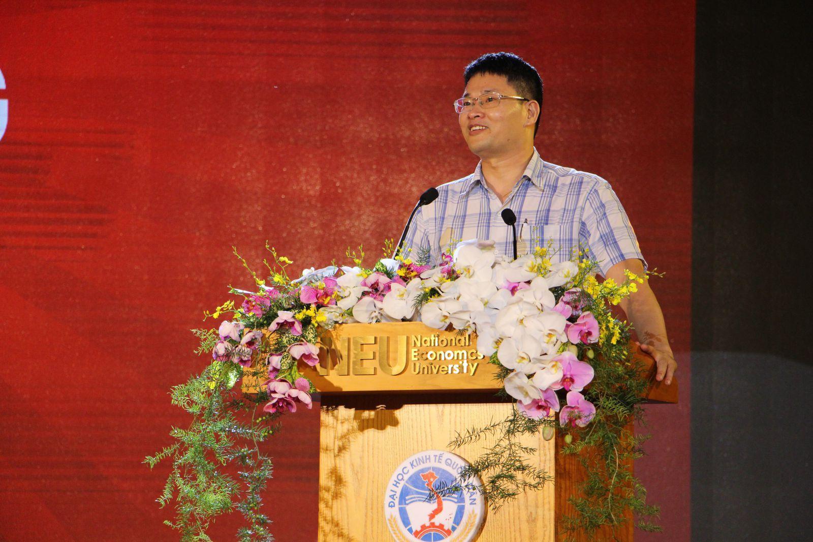 PGS. TS Phạm Văn Hùng – Trưởng Khoa Đầu tư trường Đại học Kinh tế Quốc dân