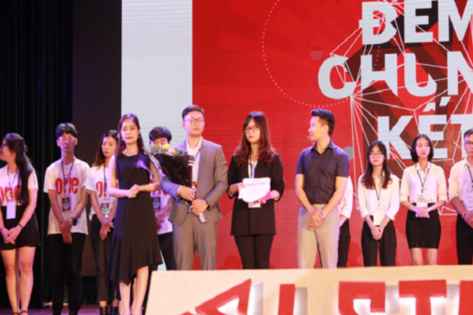 eTen Technologies - Giải pháp toàn diện cho ngành F&B đạt giải ba