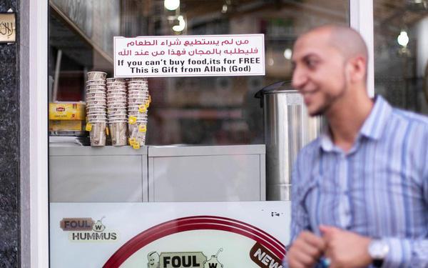 Nhà hàng miễn phí cho khách không có tiền trả