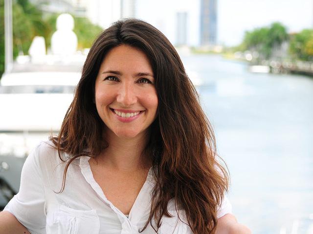 Bỏ việc để khởi nghiệp, nữ doanh nhân xây dựng Uber du thuyền lớn nhất tại Mỹ - Ảnh 1.