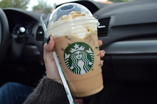 Triết lý 'ngược đời' giúp cô gái tiết kiệm 100.000 USD trong 3 năm: Quyết không mua áo 150 USD nhưng uống cà phê hết 100 USD/tháng - Ảnh 3.