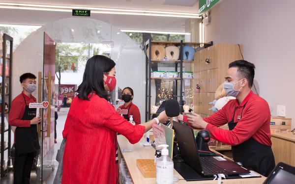 Chuỗi thời trang TokyoLife ra mắt mô hình cửa hàng kiểu mới, vận hành bởi hoàn toàn bởi người khuyết tật