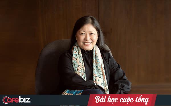 Chuyên gia Nguyễn Phi Vân: Khi ở nhà, cái giường 1 bên, đồ ăn đầy tủ lạnh, dễ xao nhãng chuyện con cái… nếu không quản trị bản thân thì rất khó làm việc!